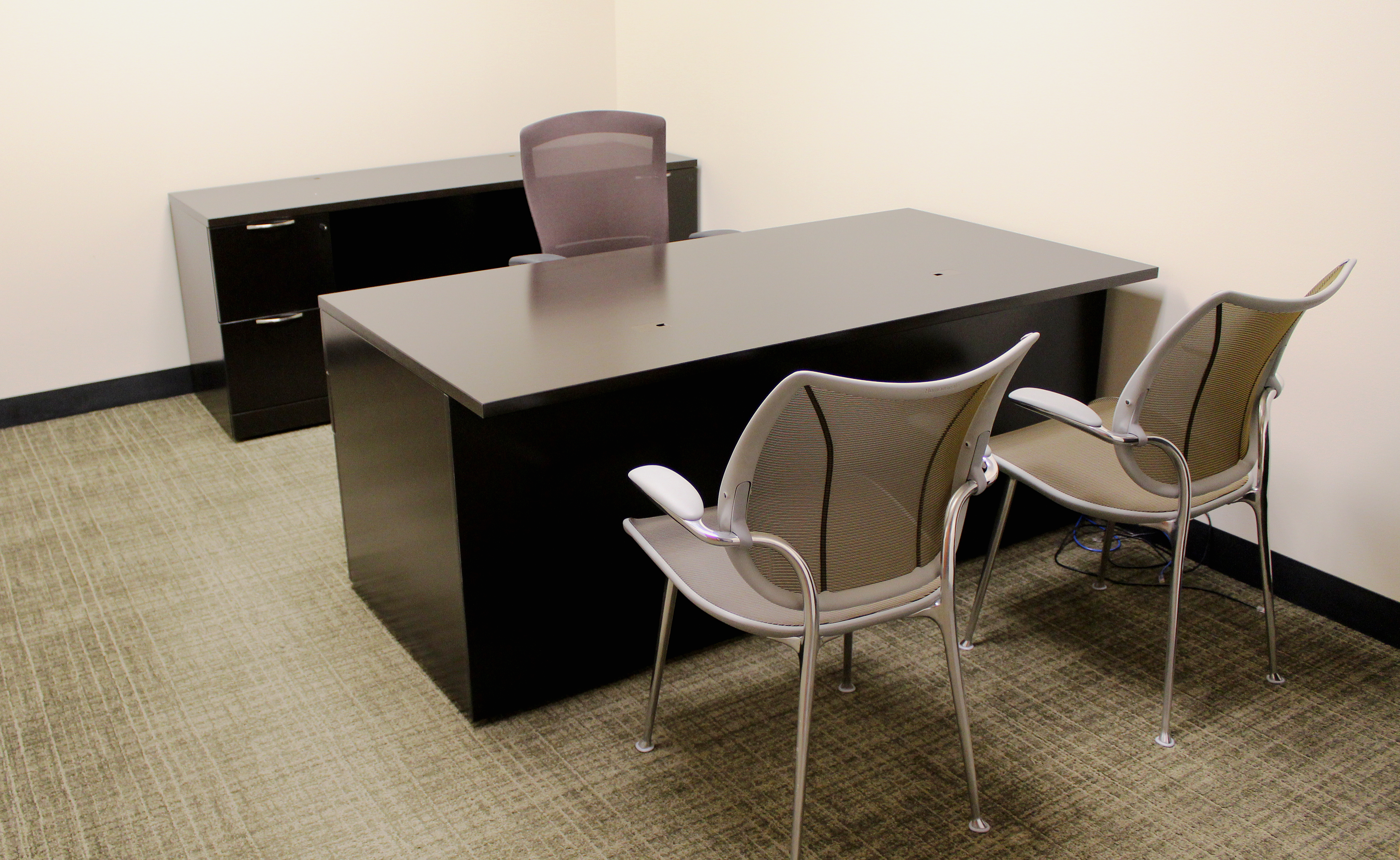 new used houston office furniture systems office furniture. Black Bedroom Furniture Sets. Home Design Ideas