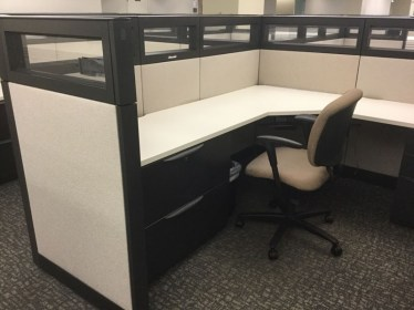 8'x7.5' Haworth Premise With Glass Used Cubicles