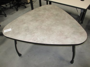 48″ Howe Triangular Mobile Table